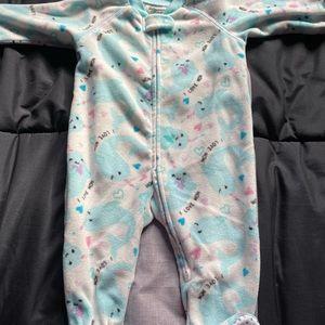 6/$25 Baby girls 👧 narwhal fleece pyjamas